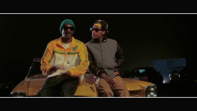 Snoop Dogg, Wiz Khalifa, Bruno Mars – Young Wild And Free
