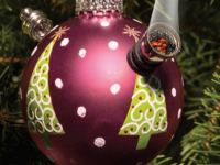 christmas tree ball pipe