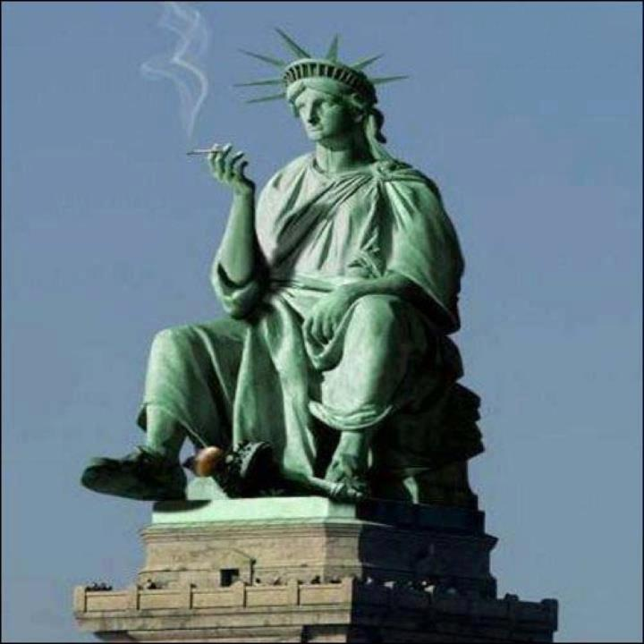 funny statue of liberty smoking weed picture funny