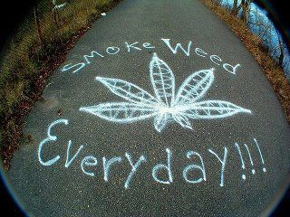Smoke weed everyday graffiti graffiti