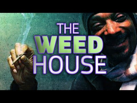 Snoop Dogg Smokes Weed In the White House, But Could I ?