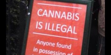 Police cannabis warning signs at London's 420 festival at Hyde Park