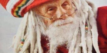 santa always watching